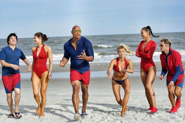 Baywatch-squad-photo.jpg