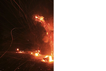 2013-08-08T063333Z_465068251_GM1E98813K201_RTRMADP_3_USA-WILDFIRE-CALIFORNIA.png