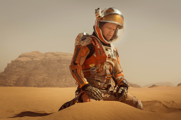 The-Martian-review-photo-600x400.jpg