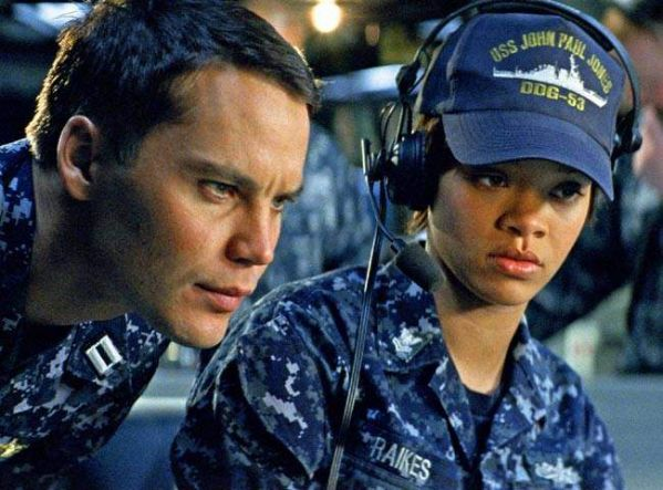 rihanna-photo-in-battleship-movie.jpg